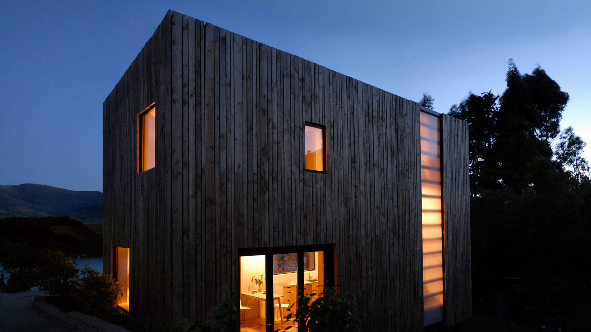 Warrander_Studio_Exterior_Night_2014_Web